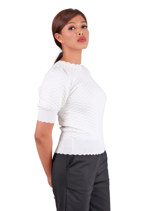 VOIR Clothing Scalloped Hem Knit Top