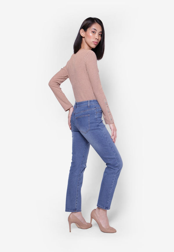 #302 High Rise Straight Cut Jeans
