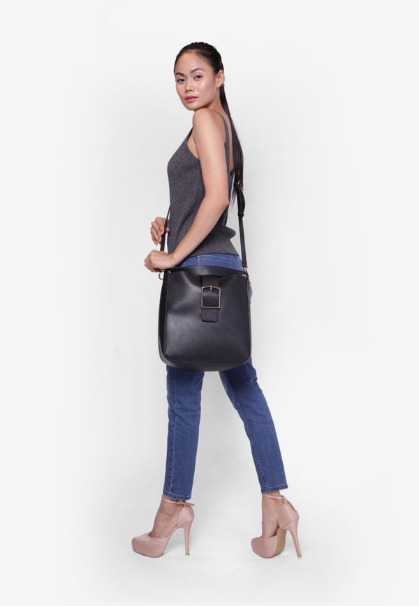 Shoulder Bag with Detachable Pouch