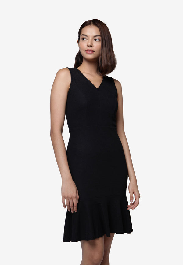 Sleeveless Dress with Ruffles Bottom - Black