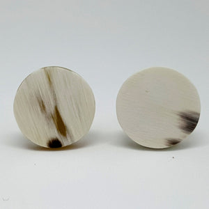 Cufflinks in Polished Horn