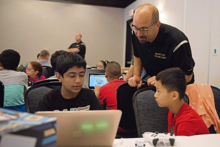 Montour Middle Schoolers to Learn AI with Calypso