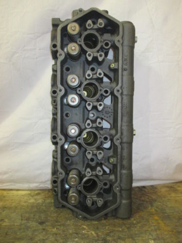 COMPLETE CYLINDER HEAD IHC 7.3L