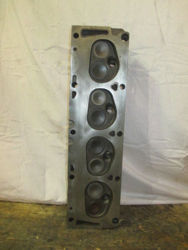 COMPLETE CYLINDER HEAD FORD 390 WITH VALVES