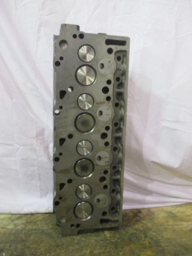COMPLETE CYLINDER HEAD IHC 6.9L 1805855C1VS