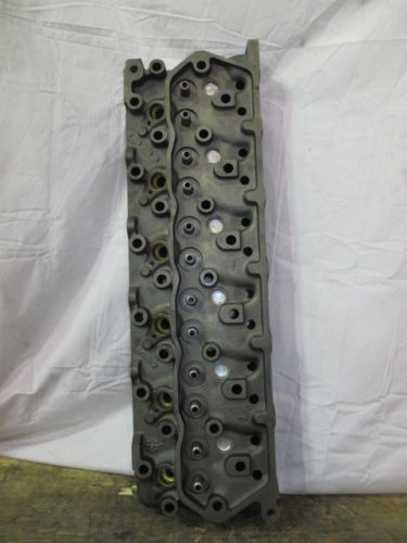 COMPLETE CYLINDER HEAD FORD 6.6L
