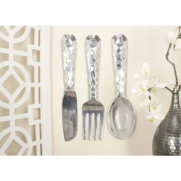 Benzara BM01021 Artistic Cutlery Wall Decor In Metal Set Of Three Silver