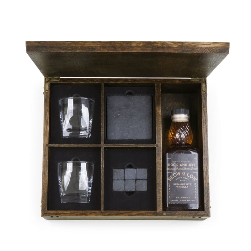 Picnic Time 605-10-509 Whiskey Box Gift Set