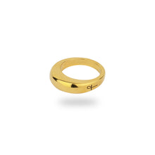 GOLD BARBICAN RING