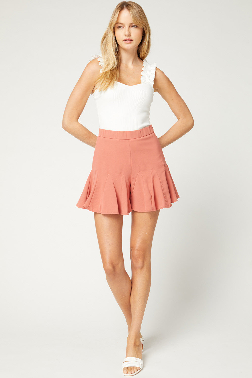 Solid ruffle shorts