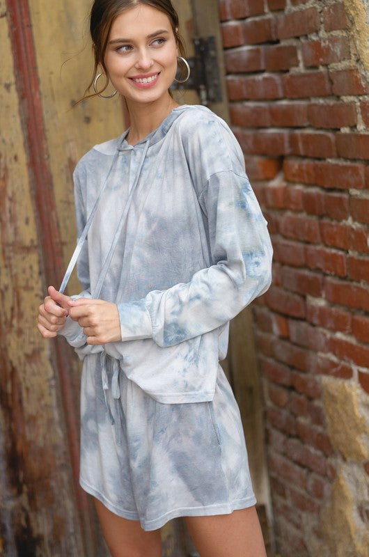 CLOUDS TIE DYE HOODIE & SHORTS LOUNGE SET