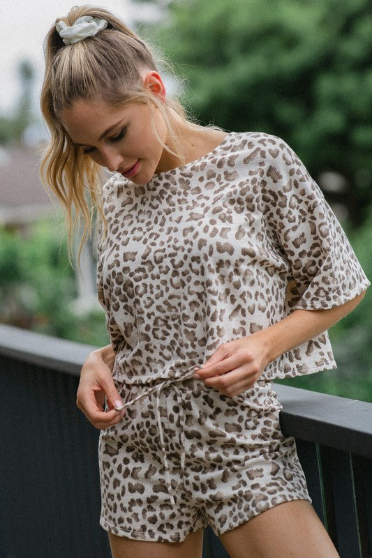 ROUND NECK LEOPARD SET