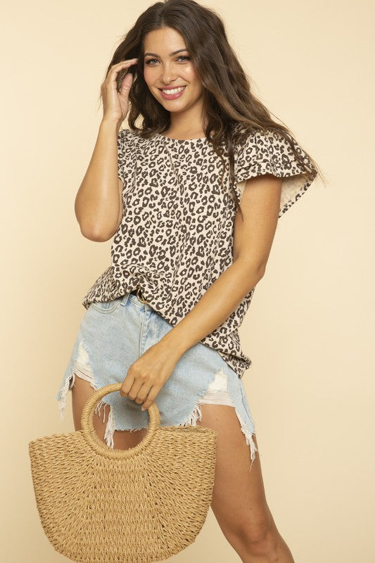 Leopard all over top with ruffled slv