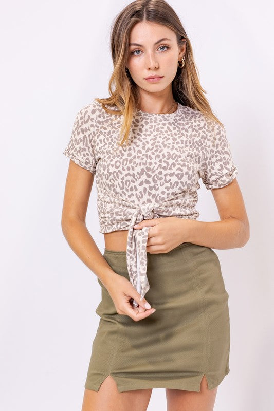 FRONT TIE SHORT SLEEVE TOP