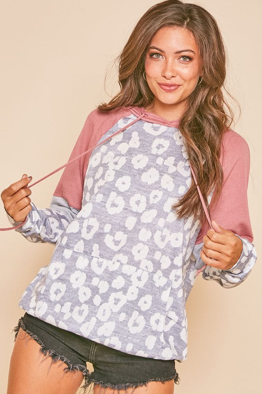 Long Sleeve Animal Contrast Hoodie with Pockets