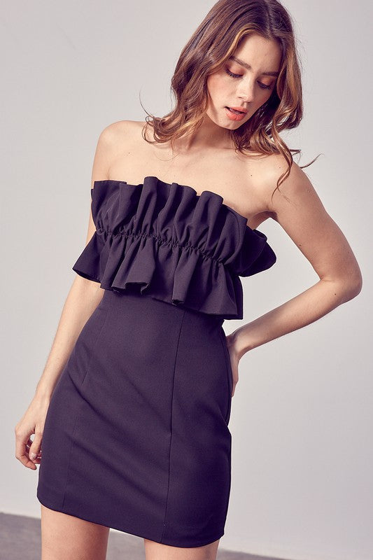 Ruffle Detail Strapless Dress