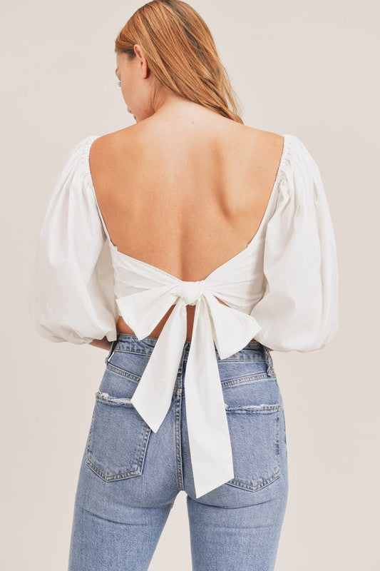 FRONT CUTOUT PUFF SLEEVE CROP TOP