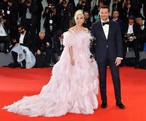 bradley cooper lady gaga red carpet