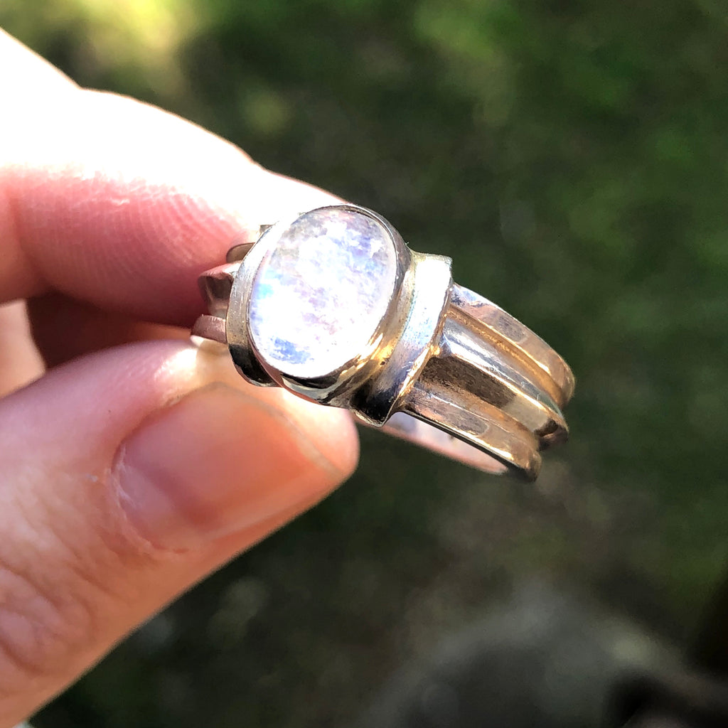 #407 Rainbow Moonstone Sterling Silver Ring 8.75 (R)