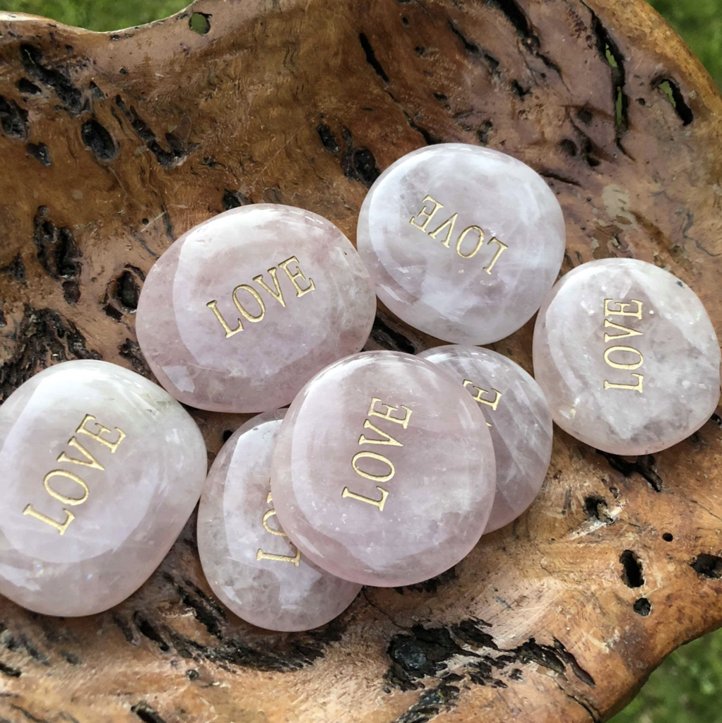 Rose Quartz Carry Stone 'Love'