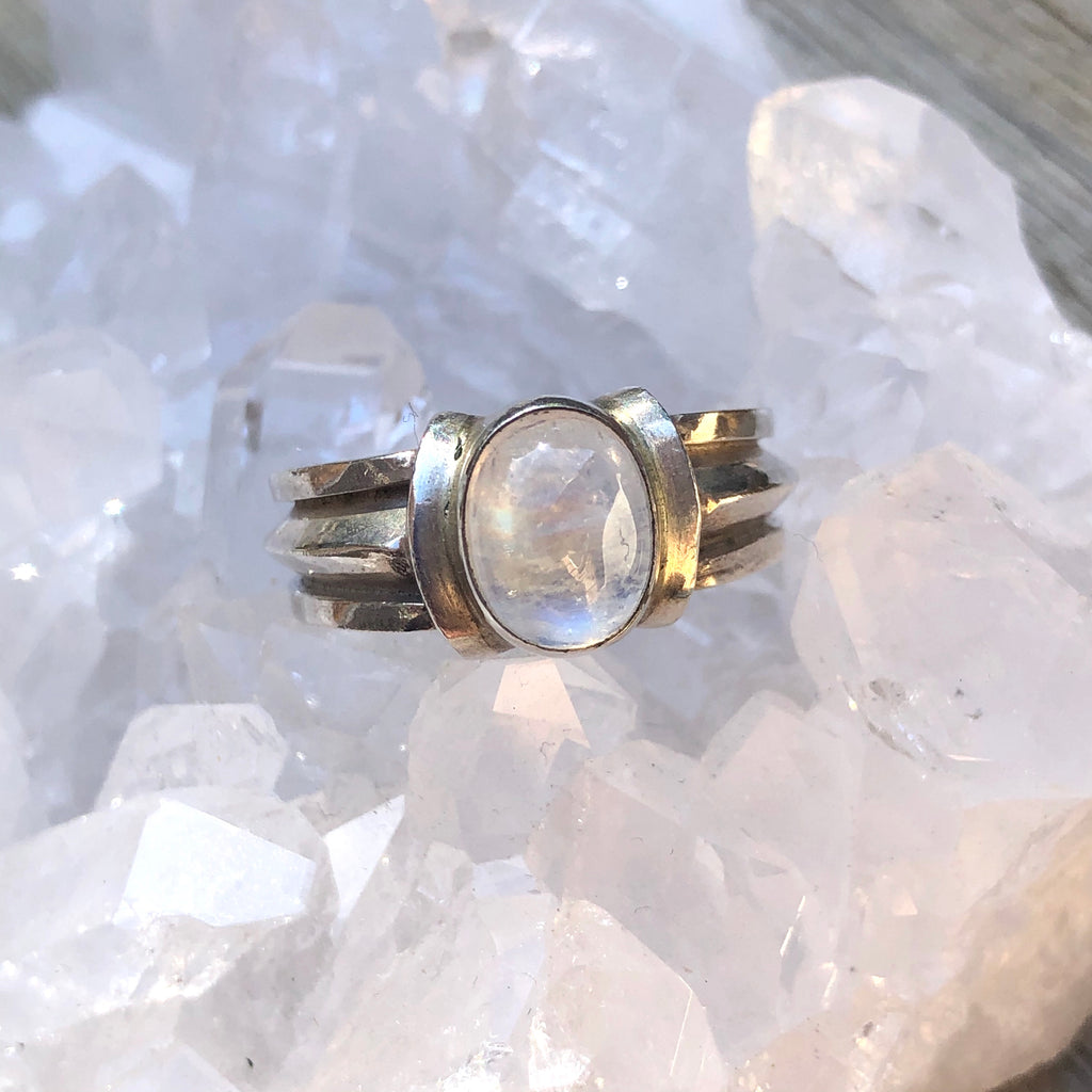 Rainbow Moonstone Sterling Silver Ring 8.75 (R)