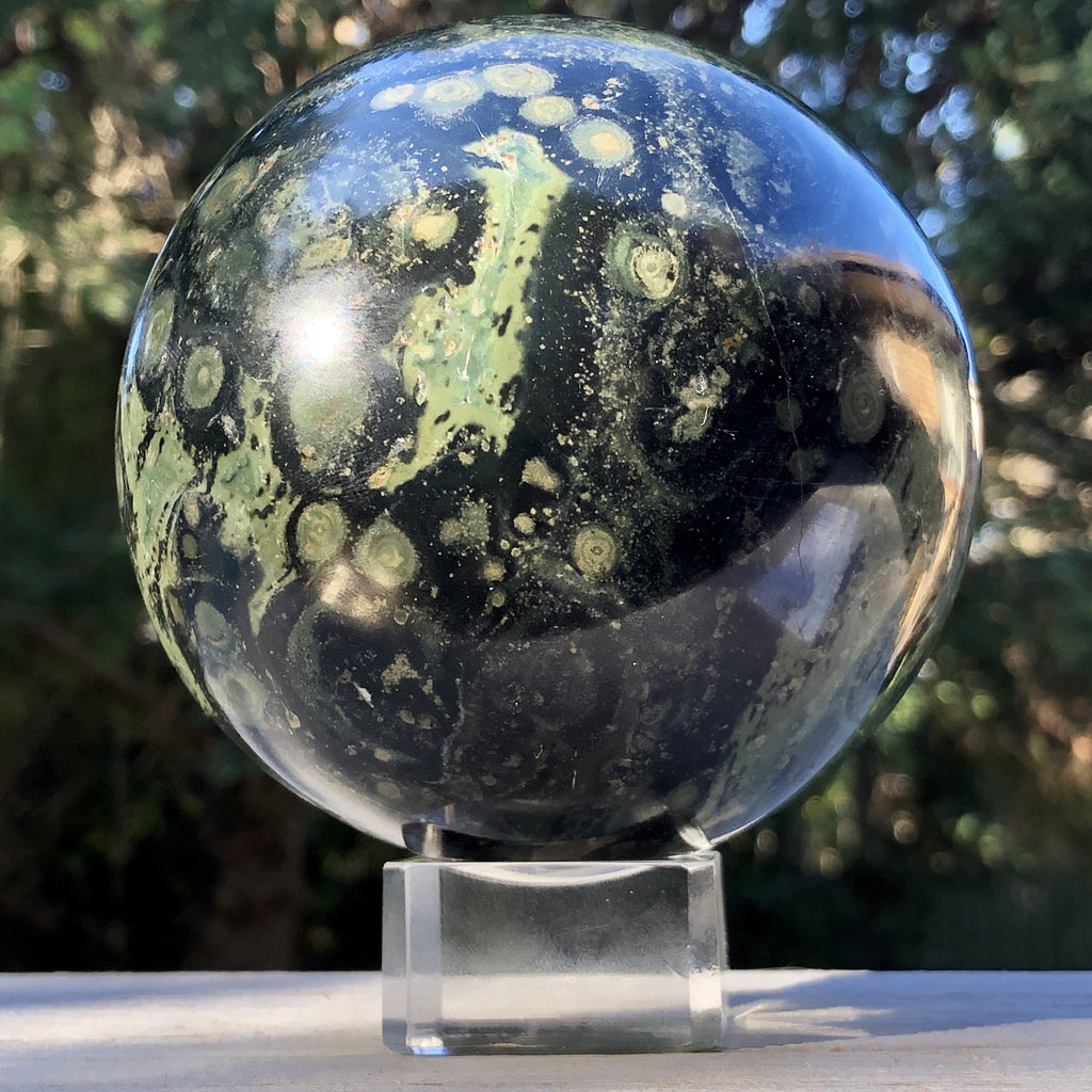 Glass Sphere Stand