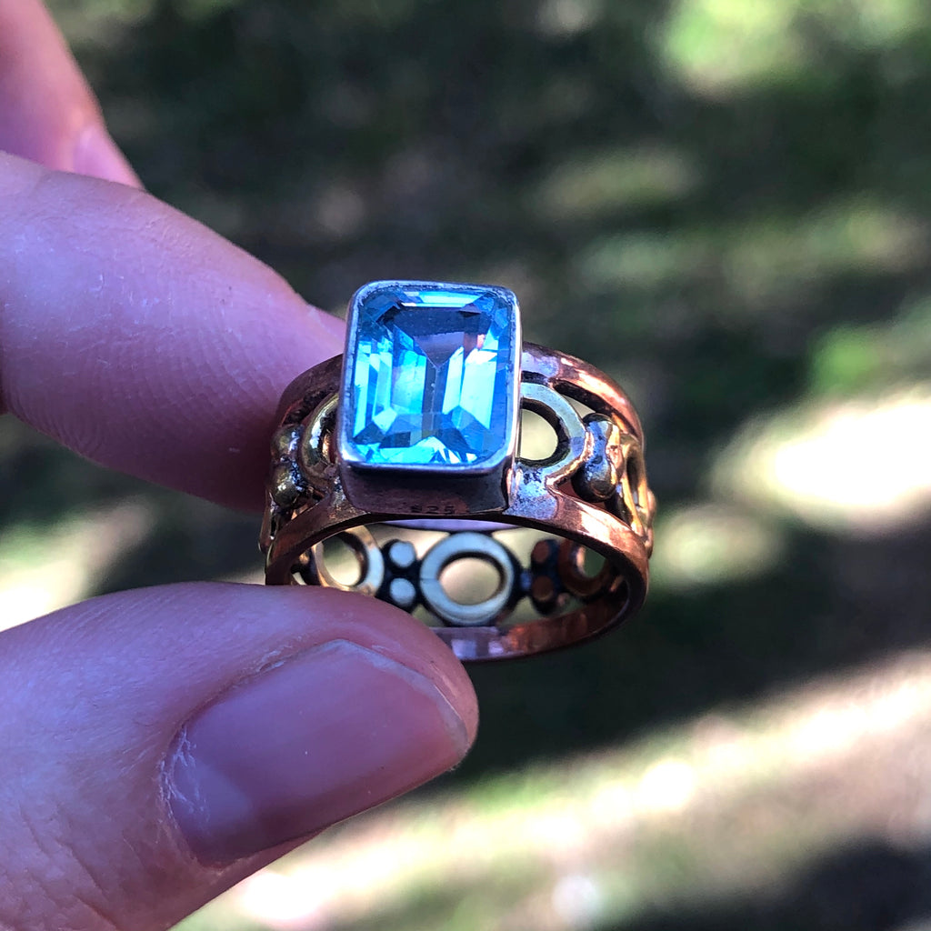 Blue Topaz with Tri-tone metals over Sterling Silver Ring 5.75 (L)
