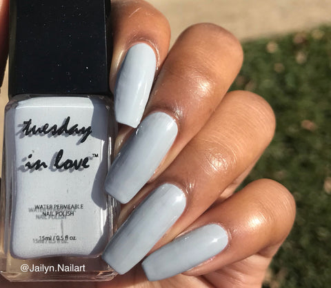 tuesday in love halal nail polish pillow talk