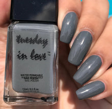Mr Grey Eye Shadow Gift Set - Tuesday in Love Halal Nail Polish & Cosmetics