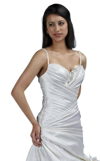 Impression Couture 11006 Ivory