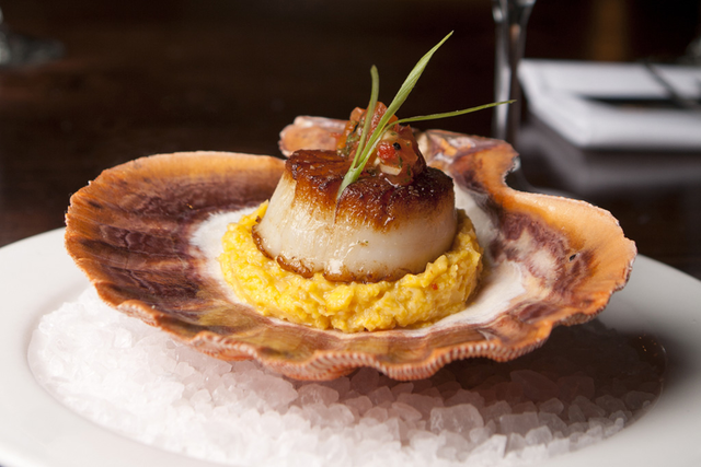 Risotto with scallops and mustard with Chardonnay White Wine and White Truffle from Alba