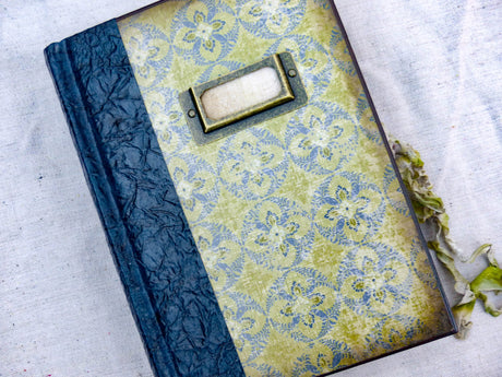 An Heirloom Journal - Classy Natural