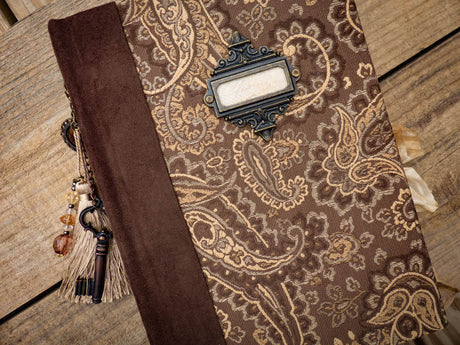 An Heirloom Journal - Golden Paisley Treasure
