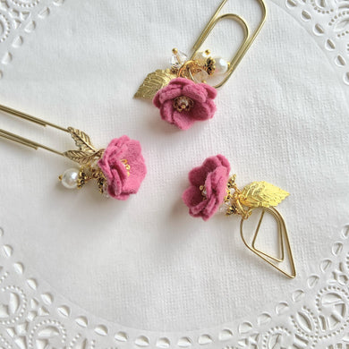 Felt Flower Dangle in Rose Pink