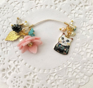 "Here Kitty Kitty ""Snowball"" and felt Flower and Beads Bookmark"