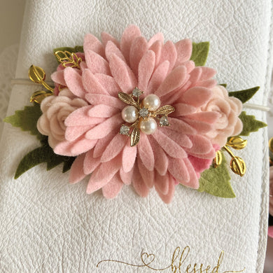 Blush Pink Daisy Felt Flower Swag