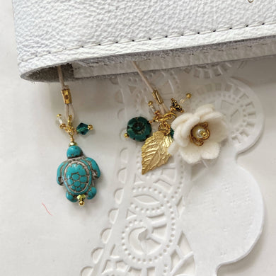 *Caribbean Sea* Turquoise Turtle Bead Bookmark