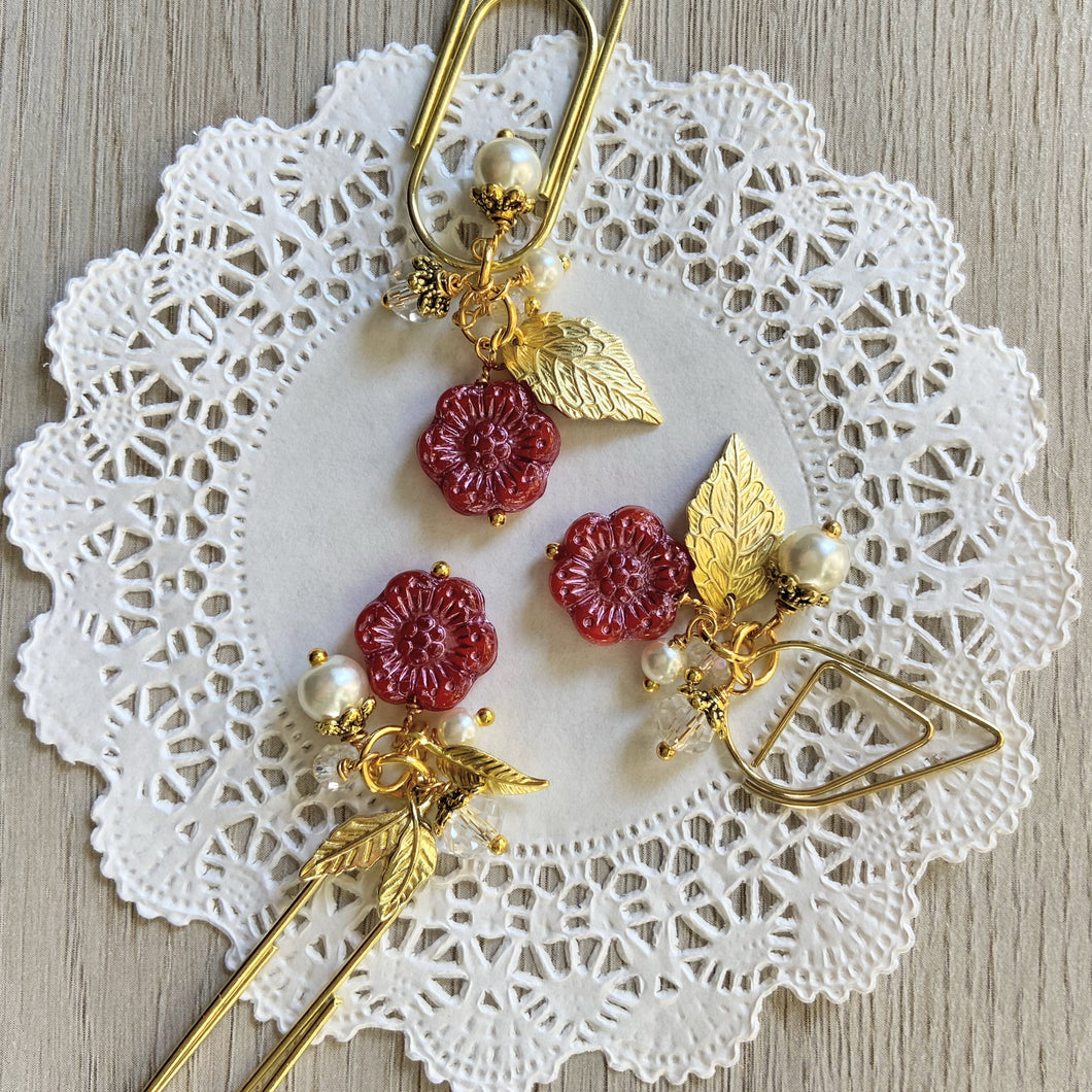 Red Glass Flower Bead Dangle clip