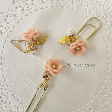 Peach Felt Flower Dangle clip