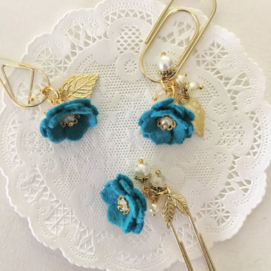 Teal Felt Flower Dangle clip