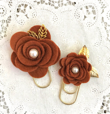 Rust Felt Flower Paper Clip Set, Travelers Notebook Bookmark, Travelers Notebook Accessories, TN Charms, TN Accessorie