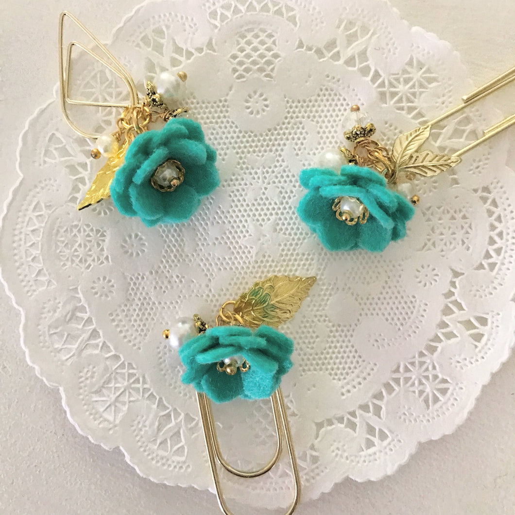 Caribbean Felt Flower Dangle clip
