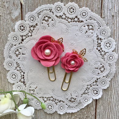 Rose Pink Felt Flower Paper Clip Set, Travelers Notebook Bookmark, Travelers Notebook Accessories, TN Charms, TN Accessorie