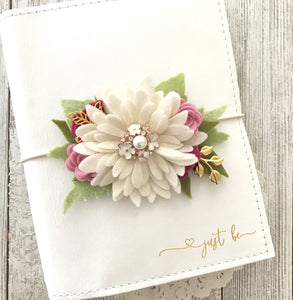 Daisy and Berries flower cluster Floral Swag with gold leaves