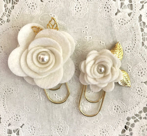 White Felt Flower Paper Clip Set