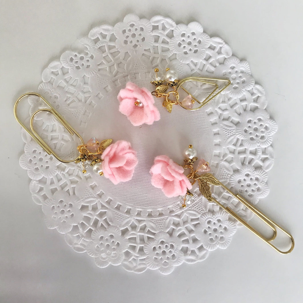 Felt Flower Dangle in Baby Pink