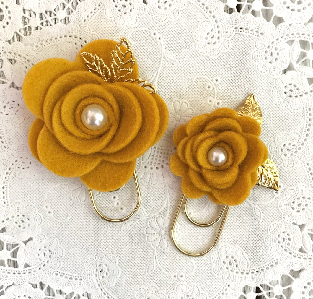 Mustard Felt Flower Paper Clip Set, Travelers Notebook Bookmark, Travelers Notebook Accessories, TN Charms, TN Accessories