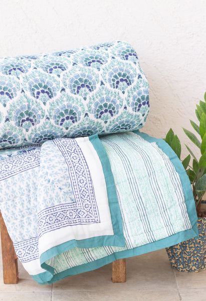 Andaman quilt - Blue, green and turquoise - Queen - 90x108 inches