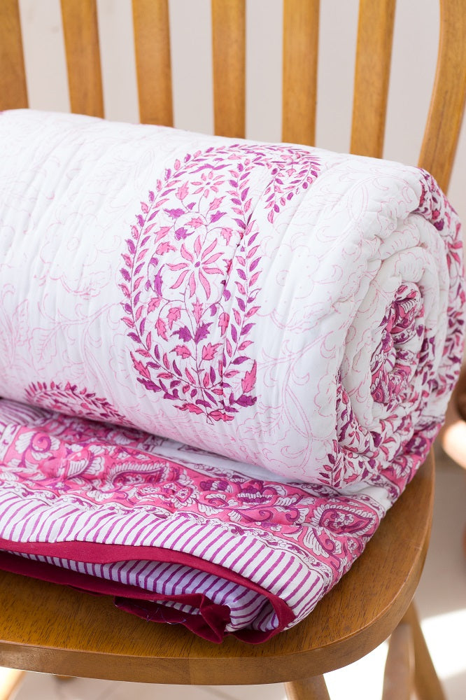 Pink paisley Block print quilt - Paisley Rani queen Quilt - 90x108