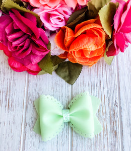 Scalloped Spearmint Jelly Pool Bow Headband | Hair Clip